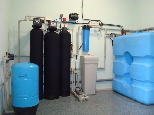 система очистки воды с накопительным баком